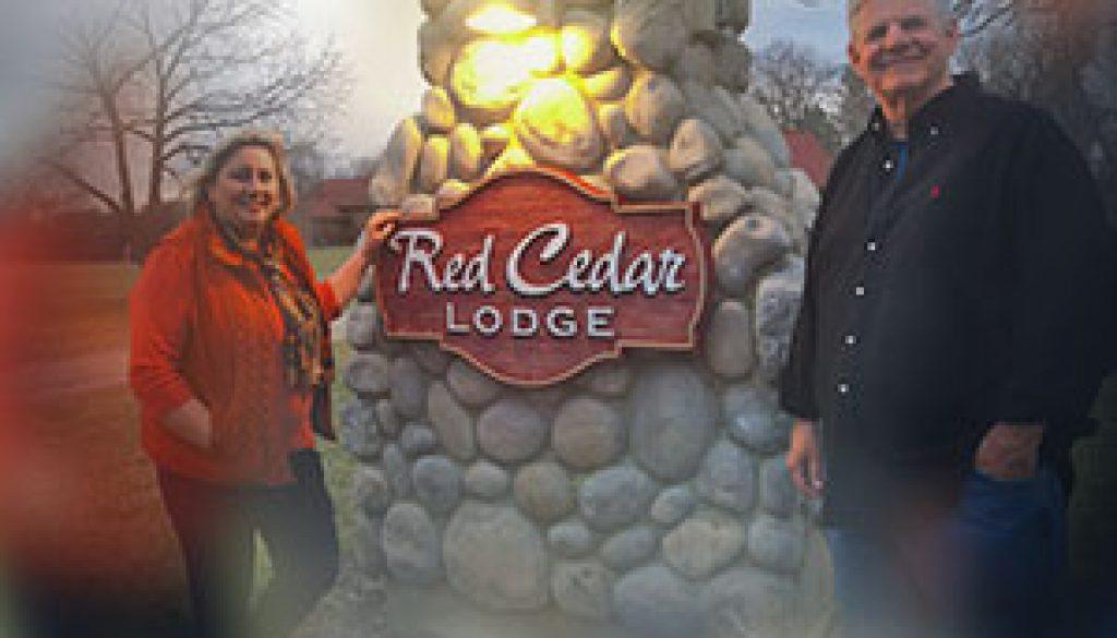 Tom-Lorraine-Winterink-Red-Cedar-Lodge-(002)
